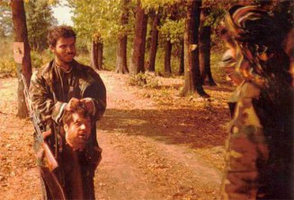 Photo_of_Saudi_Arab_IslamistTerrorists_beheading_Serbs_in_Bosnia__1992.0