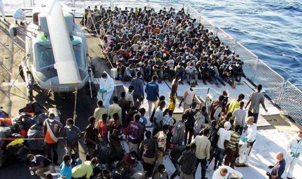 sea-migrant-calais-508497_thumb