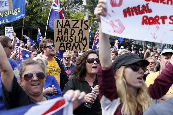 681566544anti-islam-rallies-counter-protests-flare-in-australia