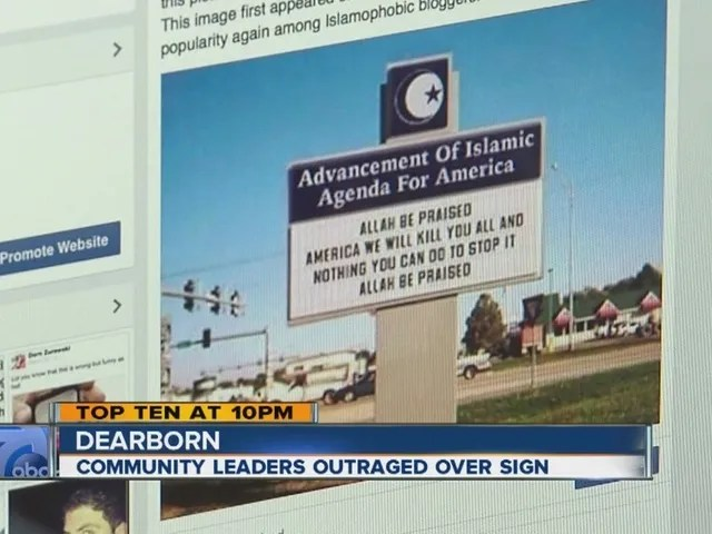 Community_leaders_outraged_over_sign_3328130000_23043277_ver1.0_640_480