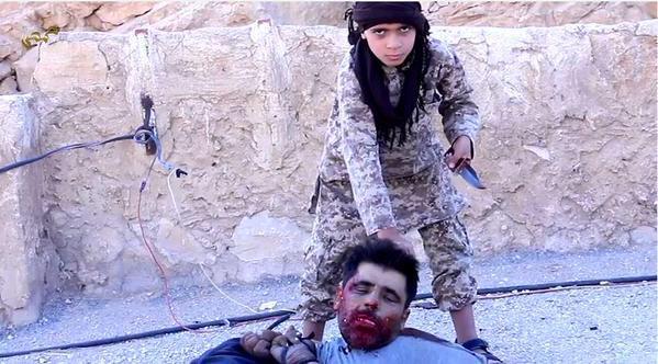 isis-child-beheading-captive-graphic-photos-21122
