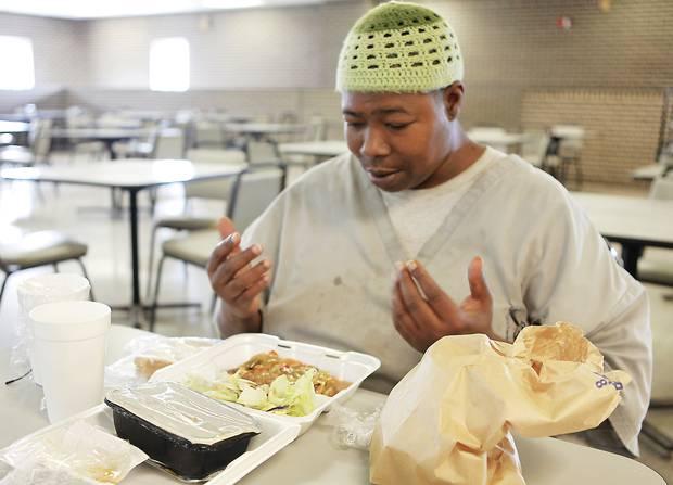 halal_food_prisons-1