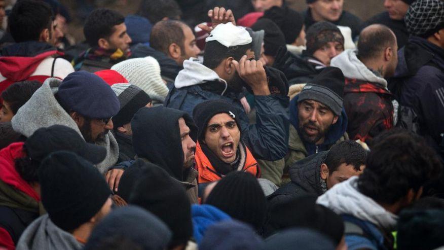 migrants-men