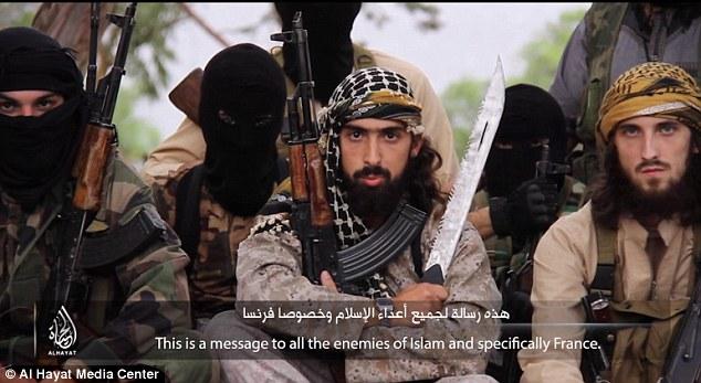 234F6DAE00000578-0-His_comrade_Abu_Maryam_al_Faranci_warned_the_people_of_France_th-19_1416438820223
