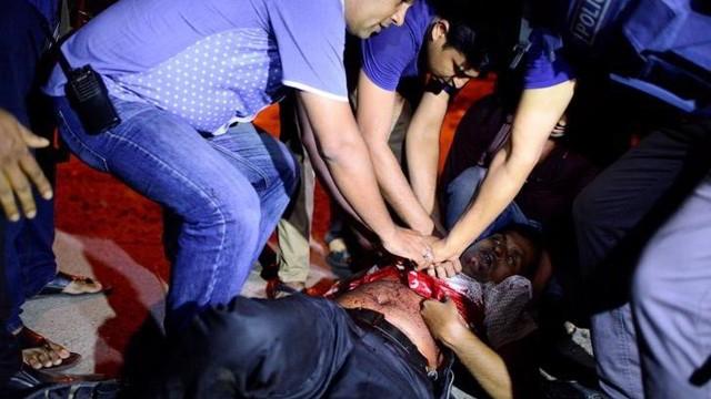 477940-Dhaka-Reuters