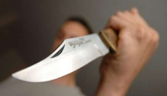 Attaque-au-couteau