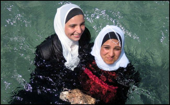 Muslimgirlcannotskipswimclass_-vi