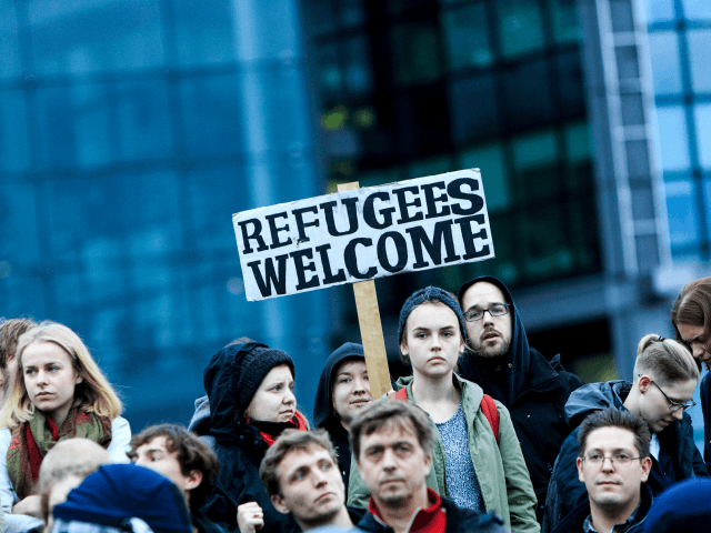 refugees-welcome-640x480