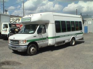 1999 Ford E450 18 Passenger Startrans 5056  Wheelchair