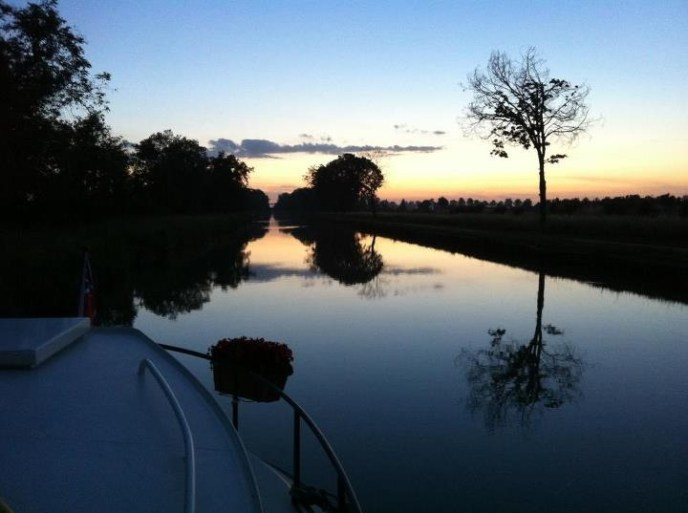 Canal Garonne north west of Toulouse