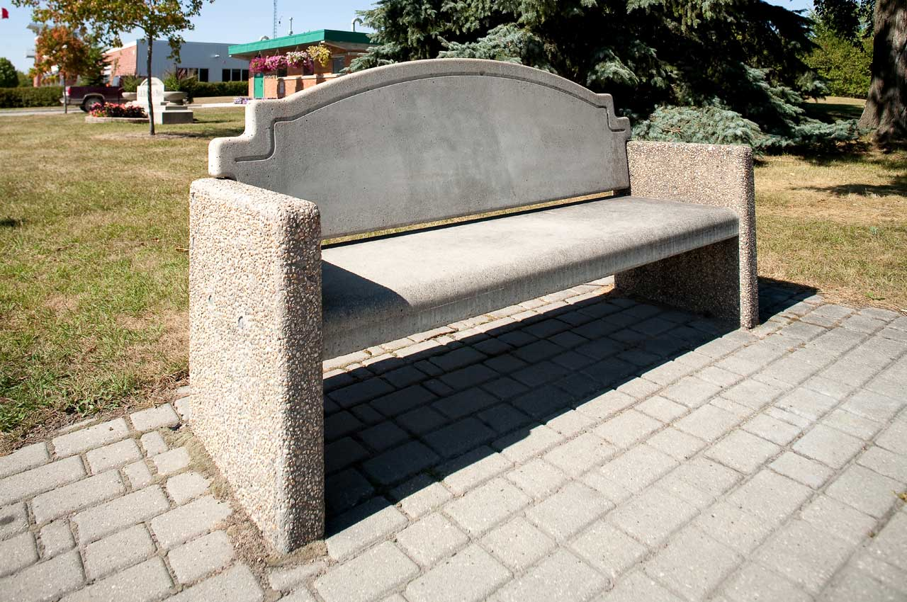 Wellington Bench