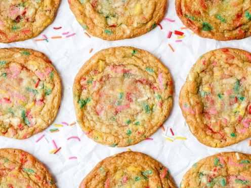 funfetti sugar cookies with rainbow sprinkles