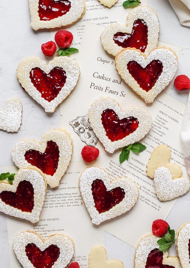 heart shaped raspberry linzer cookies