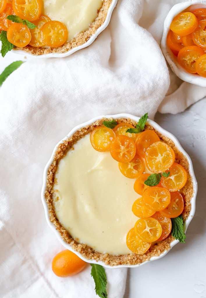 mini kumquat custard tart