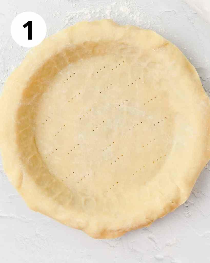 pie crust dough in pie pan
