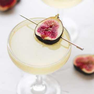 close up shot of sparkling fig cocktail