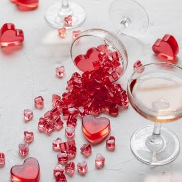 heart shaped rose gummies