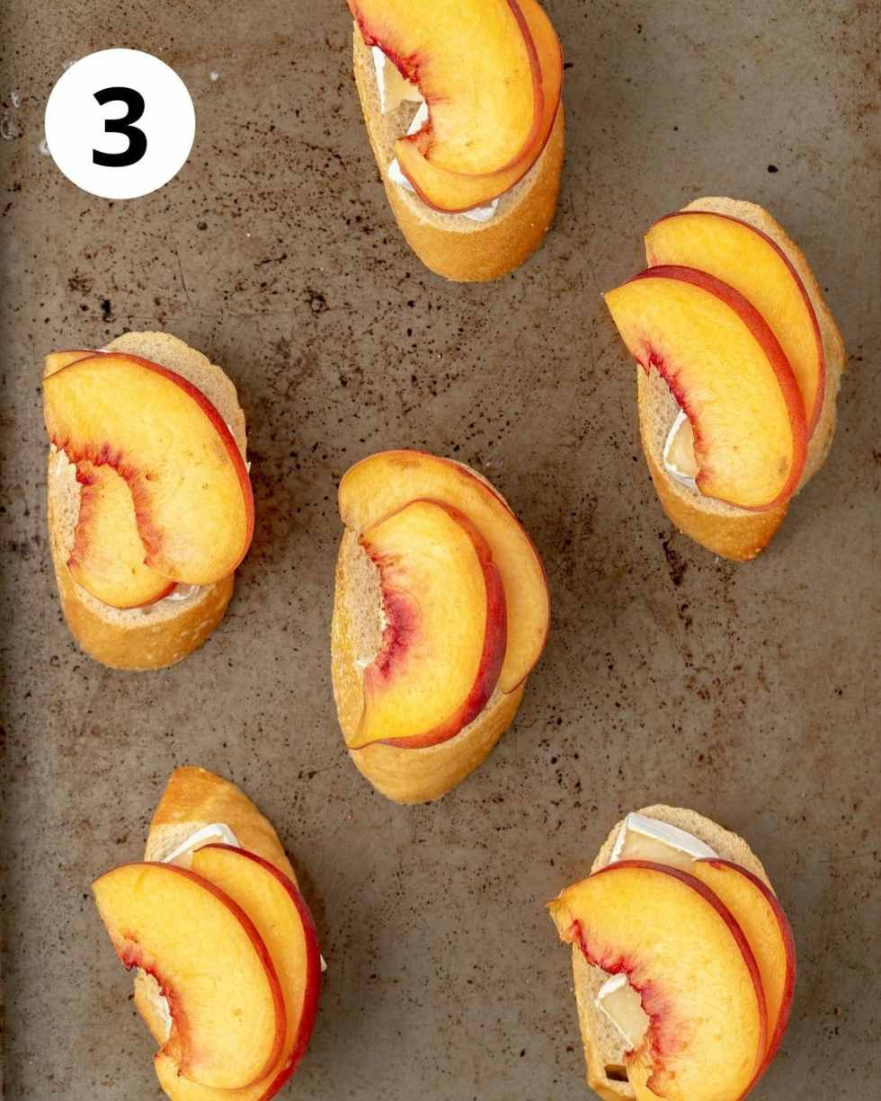 peaches and brie on slices of bread