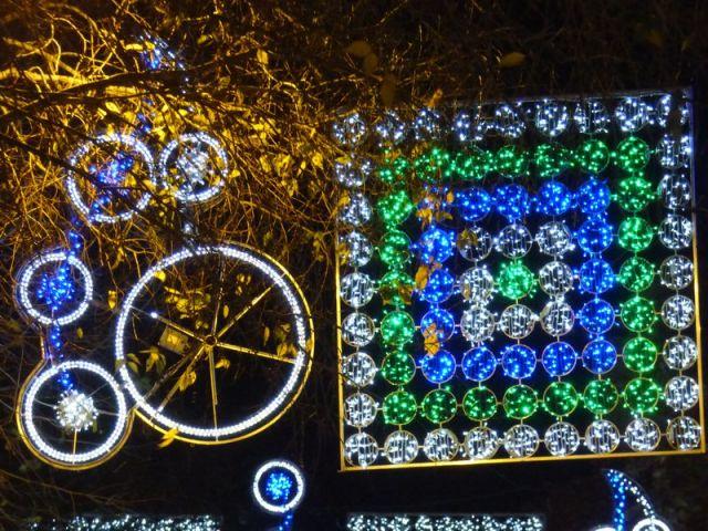 Paseo Maragall: Luces de Navidad