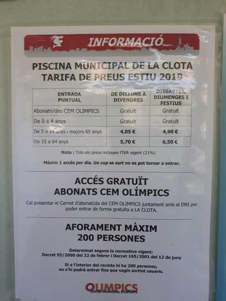 Piscina Municipal de La Clota