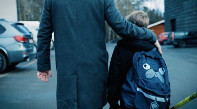 Vuxen som stöttar barn