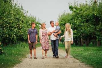 Barnett-Photography-Kelowna-Family-Photographers-1-8