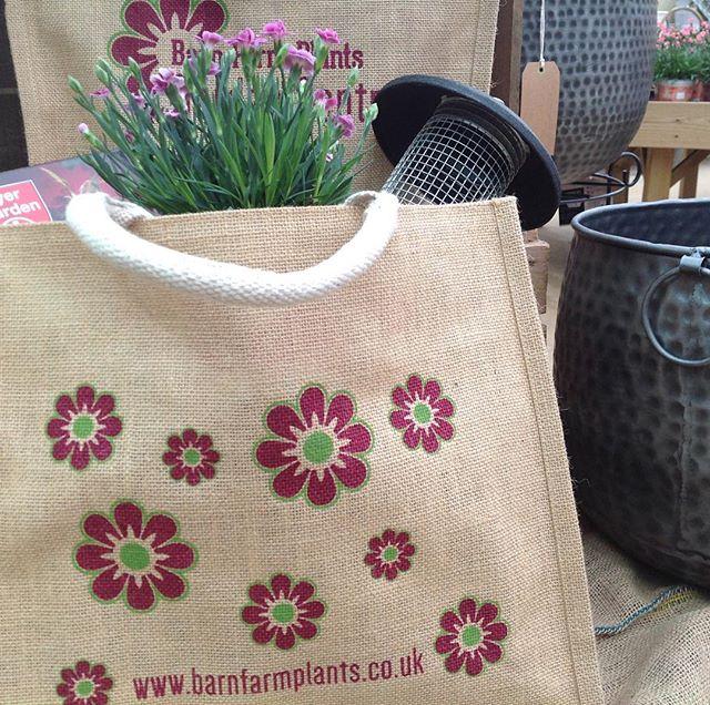 Barn Farm Plants Garden Centre - Banbury's Local Garden Centre