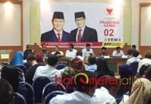 SPIRIT RESOLUSI JIHAD: Rakor BPP Prabowo-Sandiaga wilayah Jatim di Graha Astra Nawa, Gayungsari Timur, Surabaya, Jumat (12/10) malam. | Foto: Barometerjatim.com/HAMIM ANWAR