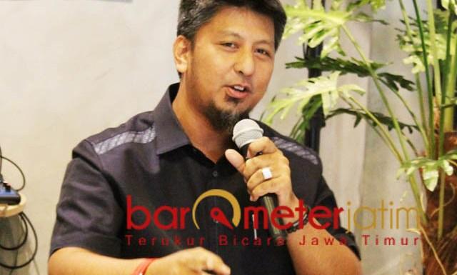 DAMPINGI DHANI: Renville Antonio, BPP Prabowo-Sandiaga Jatim siapkan pendampingan hukum untuk Ahmad Dhani dalam kasus ujaran idiot. | Foto: Barometerjatim.com/ROY HASIBUAN