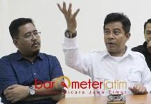 STRATEGI GERILYA: Soepriyatno (kanan) dan Anwar Sadad, ladeni Jokowi-Ma'ruf Amin dalam pertarungan di Pilpres dengan strategi gerilya. | Foto: Barometerjatim.com/NATHA LINTANG