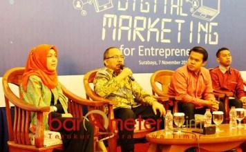 MEMBANGUN WIRAUSAHA: Workshop digital marketing for entrepreneurs di Surabaya, Rabu (7/11). Upaya membangun wirausaha yang benar.   Foto: Barometerjatim.com/NATHA LINTANG