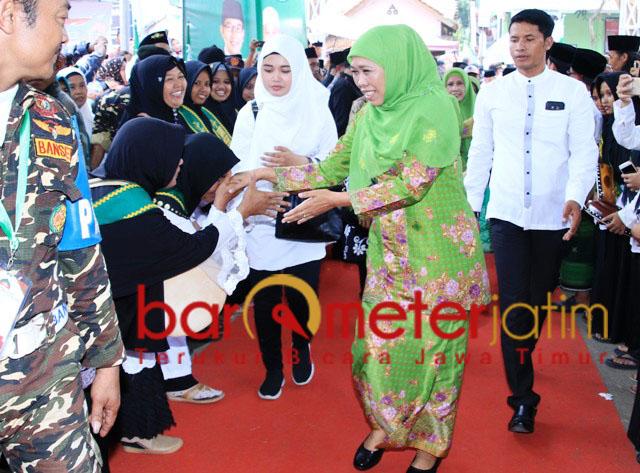 Khofifah menghadiri pembukaan Munas Alim Ulama-Konbes NU. | Foto: Barometerjatim.com/syaiful kusnan