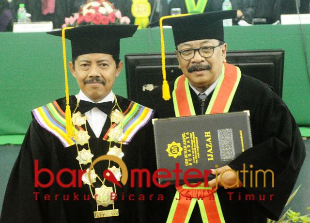 Soekarwo dan Prof Masdar Hilmy, pemikiran orisinal dan otentik untuk Jatim. | Foto: Barometerjatim.com/roy hs
