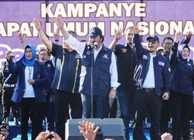 Surya Paloh kampanye di Banggai, Sulawesi Tengah dihadiri 20 ribu peserta, Selasa (26/3/2019). | Foto: Ist
