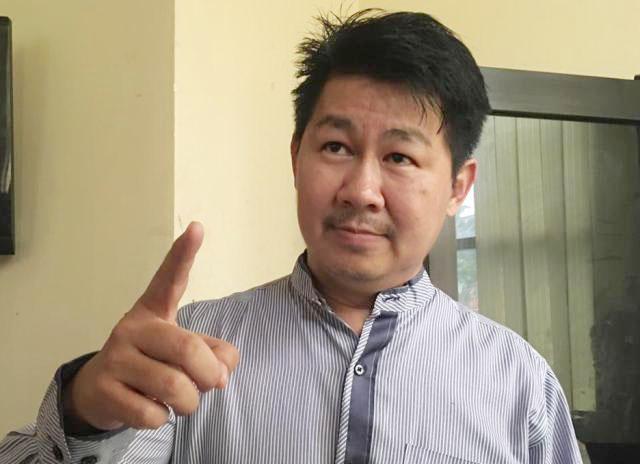 Vinsensius Awey, jika tersangka Fuad coreng wajah Wali Kota Tri Rismaharini. | Foto: Ist