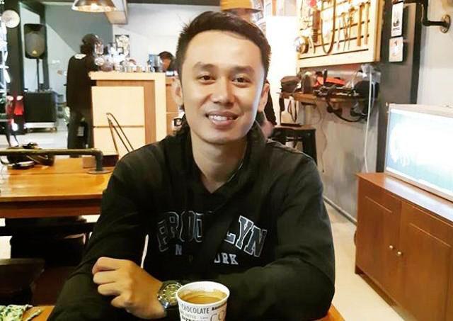 Budi Hartanto, semasa hidup sebagai guru penari di SDN di Kediri.   Foto: Ist/instagram