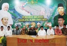 Pengurus PWNU Jatim serukan Nahdliyin ke TPS pakai baju putih. | Foto: Barometerjatim.com/roy hs