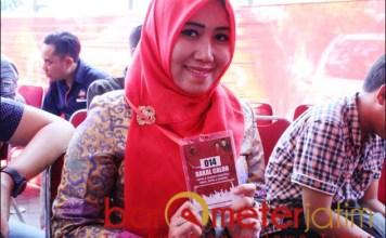 PILWALI SURABAYA: Lia Istifhama, mengikuti penyaringan Bacawali lewat PDIP. | Foto: Barometerjatim.com/ROY HS