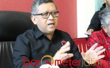 PILIH PETUGAS PARTAI: Hasto Kristiyanto, jadi petugas partai itu terhormat. | Foto: Barometerjatim.com/ROY HS