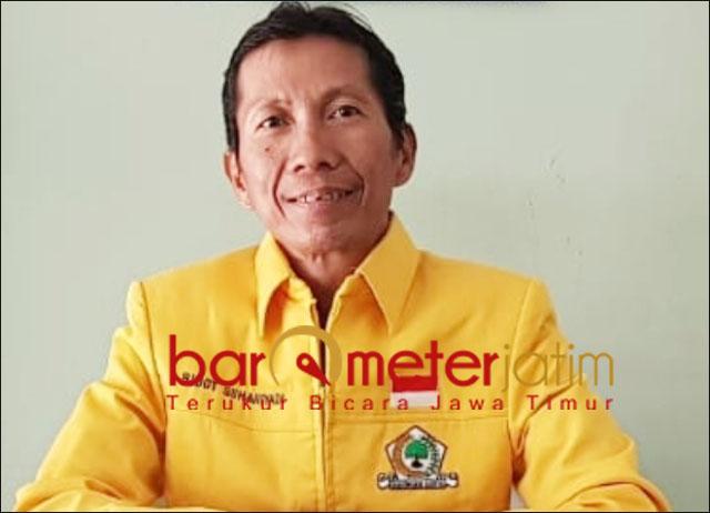 MANAJERIAL KACAU: Bidot Suhariyadi, sebut manajerial Pemkot Surabaya kacau. | Foto: Barometerjatim.com/ABDILLAH HR