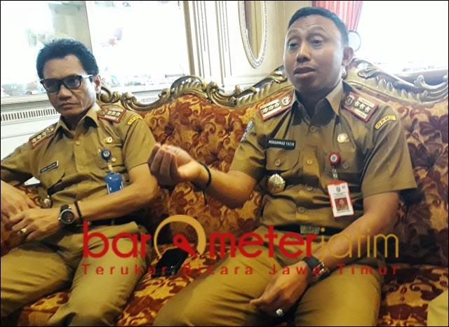 APB DESA: Muhammad Yasin (kanan), APB Desa harus berbasis kepentingan umum. | Foto: Barometerjatim.com/ROY HS