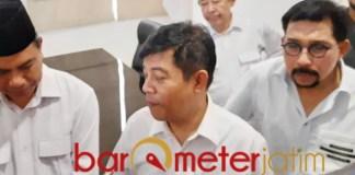 POROS GERINDRA: Soepriyatno (tengah), enam lebih Parpol siap usung Machfud Arifin di Pilwali Surabaya.   Foto: Barometerjatim.com/ROY HS