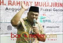 SETOP POLITIK UANG: Rahmat Muhajirin, masyarakat jangan lagi terjebak manony politics. | Foto: Barometerjatim.com/ROY HS