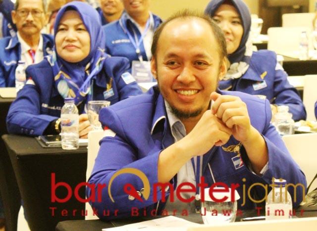 INJURY TIME: Debby Kurniawan, Demokrat buka pendaftaran bakal calon bupati-Wabup Lamongan. | Foto: Barometerjatim.com/ROY HS