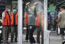 SARCOVID BOOTH: Bilik penyemprot desinfektan, sumbangsih warga Malang untuk mencegah virus Corona. | Foto: IST