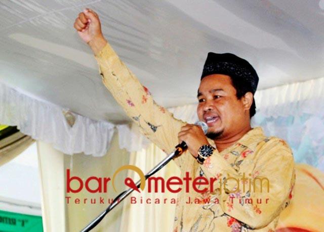 TURUNKAN EGO: Ali Azhara, minta Risma turunkan ego demi penuntasan Covid-19 di Surabaya. | Foto: Barometerjatim.com/ROY HS