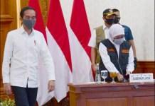 PROBLEM MASKER: Jokowi perintahkan Gugus Tugas Pusat kirim masker sebanyak-banyaknya ke Jatim.   Foto: IST