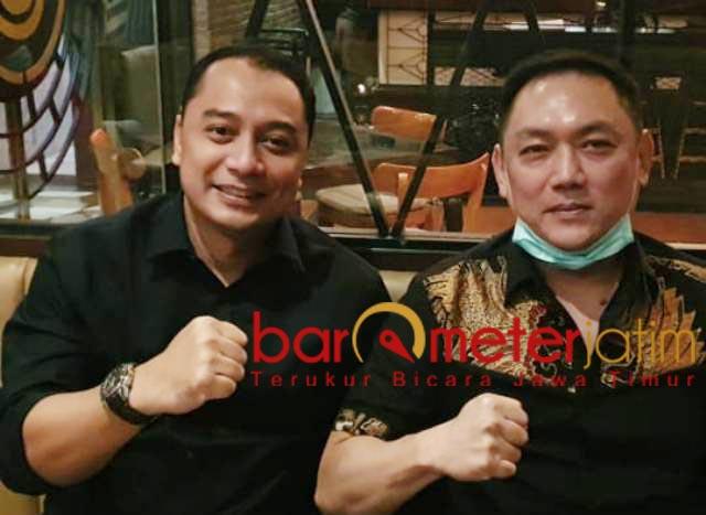 UNTUK SURABAYA: Gianto Wijaya (kanan), Bara JP dukung Eri Cahyadi (kiri) di Pilwali Surabaya. | Foto: Barometerjatim.com/ROY HS