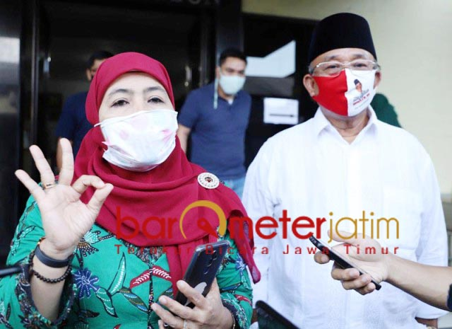 PILBUP SIDOARJO: Masa kampanye pendek, Dwi Astutik dan Ketua Tim Pemenangan Haji Masnuh tancap gas. | Foto: Barometerjatim.com/ROY HS