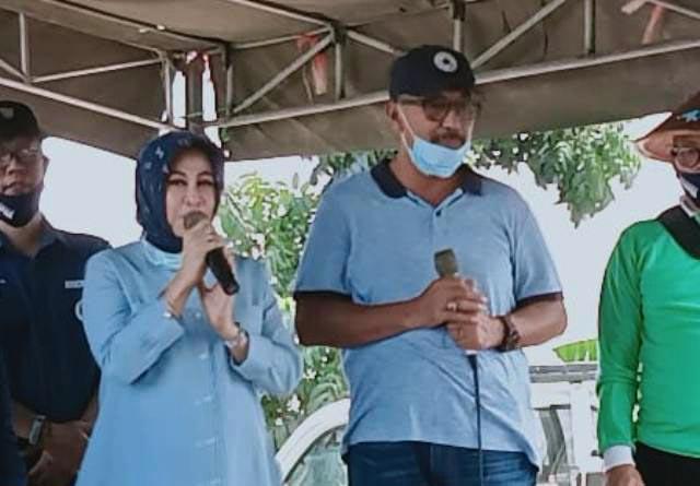 PILBUP LAMONGAN: Suhandoyo-Astrid Wahid, paslon independen yang berpotensi membuat kejutan di Pilbup Lamongan. | Foto: IST